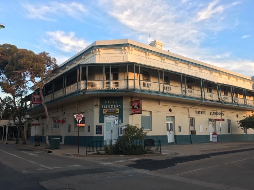 flinders-hotel
